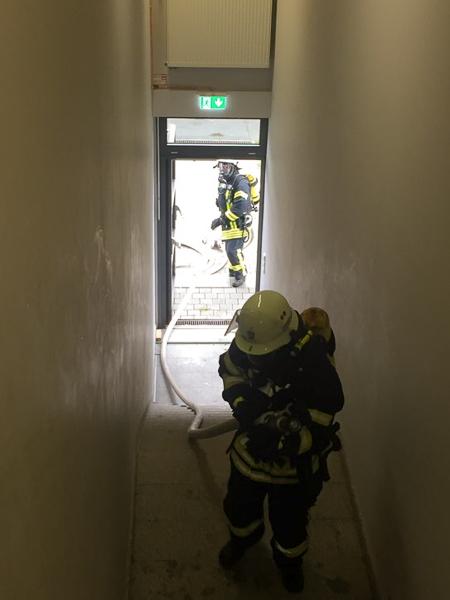 Vornahme Einer Schlauchleitung Im Gebäude